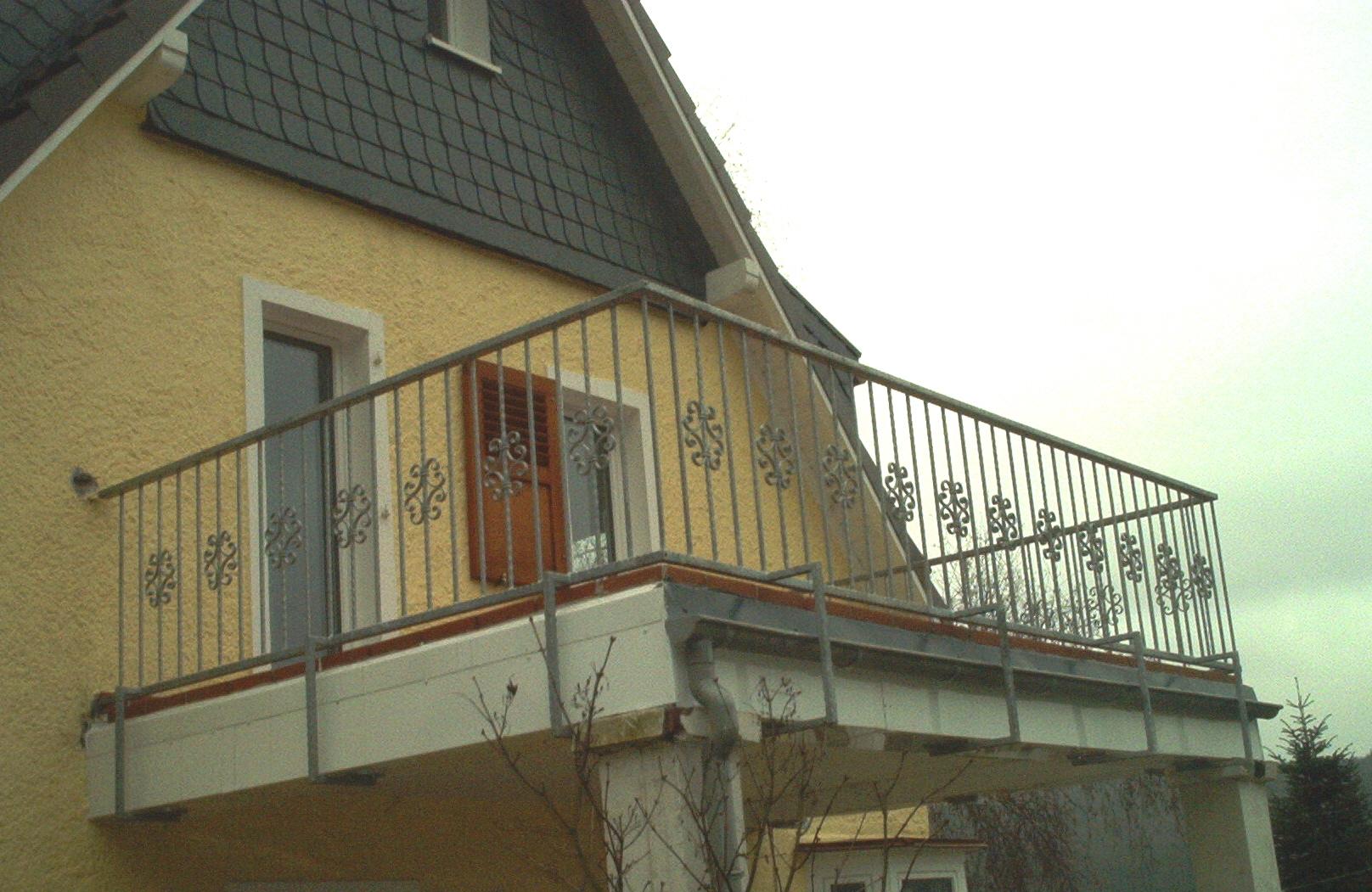metallbau wuppertal gel nder balkongel nder. Black Bedroom Furniture Sets. Home Design Ideas